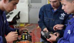Operación de equipo industrial y de transporte y oficios universales