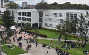 Cursos para estudiar en línea en la Universidad Nacional